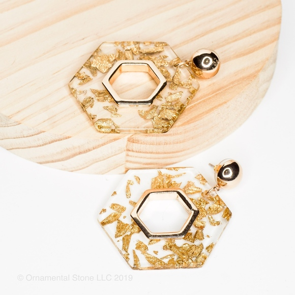 Black Or White Acrylic Round Disc Gold Hexagon Geometric Shape Dangle Earrings
